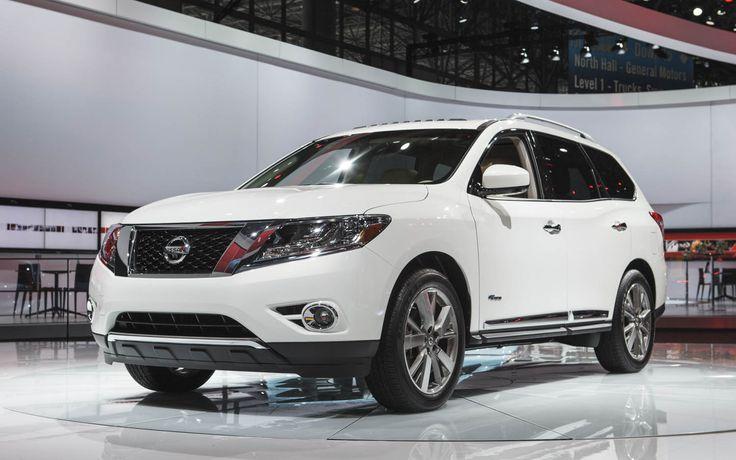 2014 Nissan Pathfinder Hybrid Boasts Supercharged I-4, 26 MPG Combined