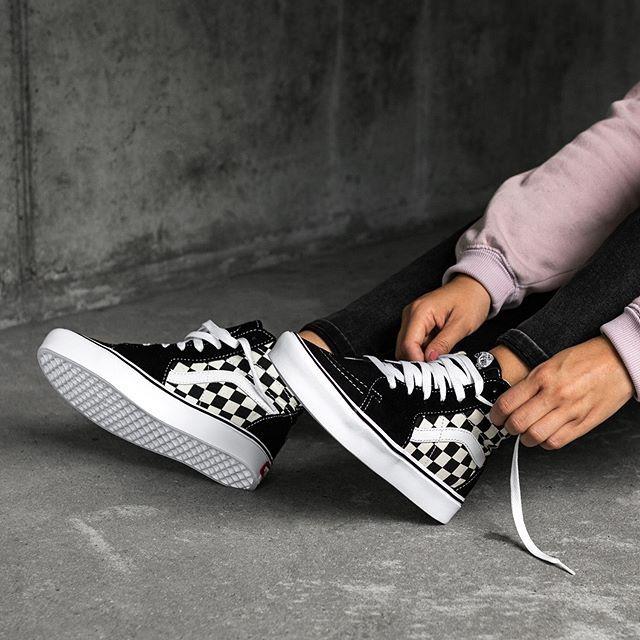 Vans Sk8 Hi Lite Checkerboard Eu 36 47 95 Check Link In Bio Asphaltgold Darmstadt Vans Checkerboard Skater Sneakers Sneakers Fashion Vans Sk8