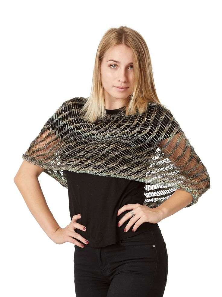 Rødovre - cowl. Handknitted in wool, cotton, bamboo and silk.
