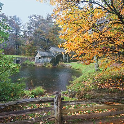 Secret Spots on the Blue Ridge | Fall is the time to explore the South's most iconic road. Here, we share our favorite stops for stunning views, quaint country stores, and hidden mountain lodges.