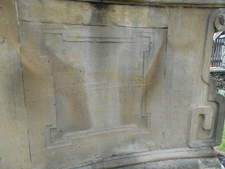 Szentháromság szobor (Monostorapáti) http://www.turabazis.hu/latnivalok_ismerteto_1183 #latnivalo #monostorapati #turabazis #hungary #magyarorszag #travel #tura #turista #kirandulas