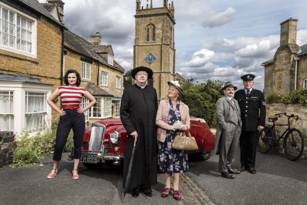 Lewes-based Mark Williams worked with Glenn Close on 101 Dalmatians, achieved catchphrase status on The Fast Show and played Mr Weasley in the Harry Potter series. He's back on our television series this month in a new series of Father Brown. Jack Watkins spoke to him about the period detective series