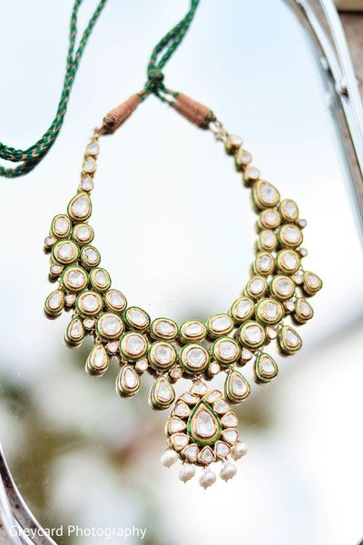 Bridal Jewelry http://maharaniweddings.com/gallery/photo/23383