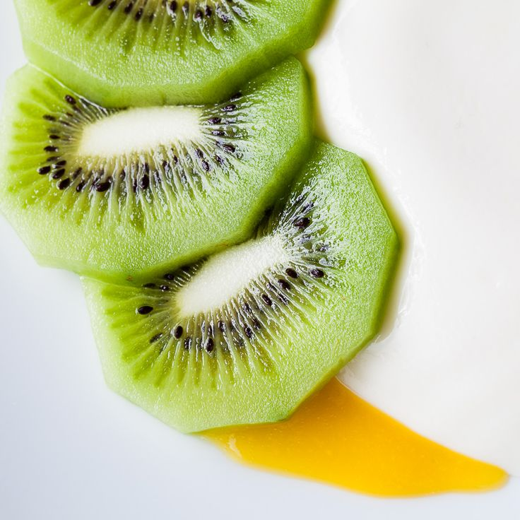 Passion desserts and fruit on pinterest for Fruit coulis