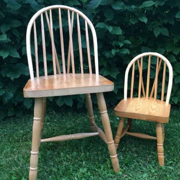 Budalsstoler laget av min farfar, Herman Enlid.