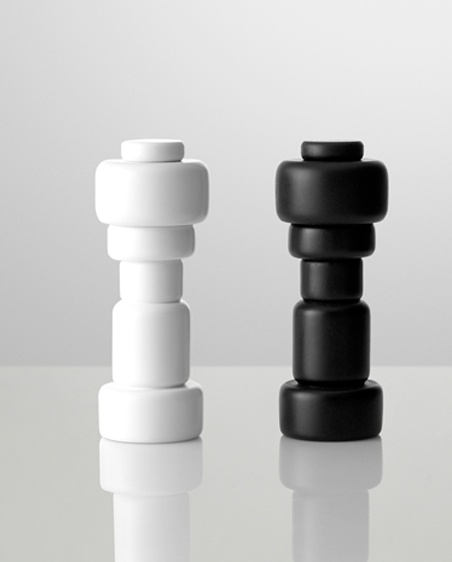 Plus salt and pepper mill / Norway Says