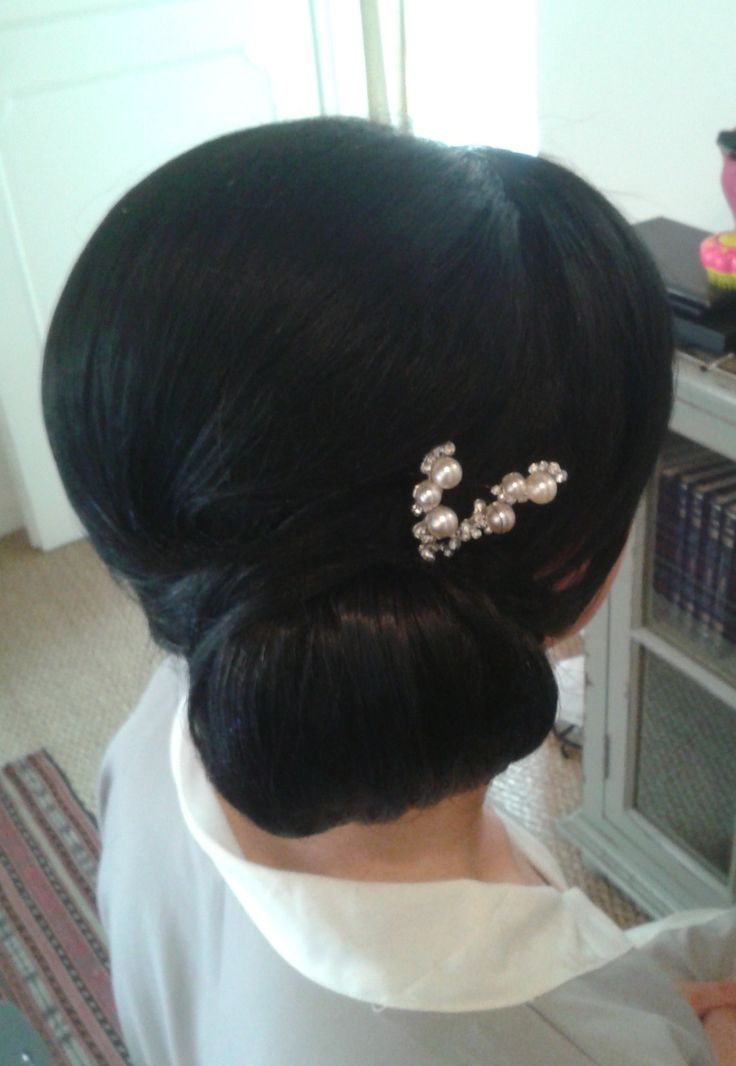 Wedding hairstylist in Rome, Italy JANITA HELOVA  http://www.hairmakeupnails-rome.com/