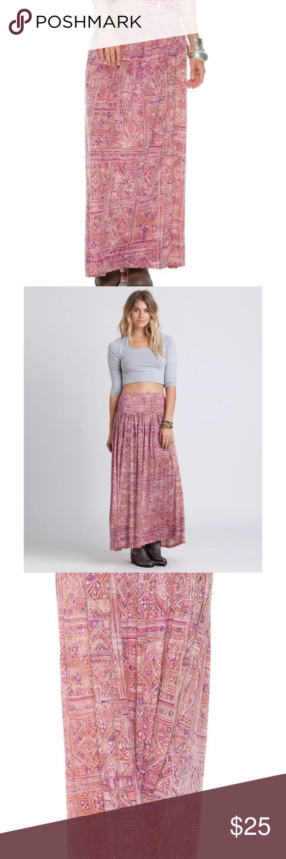Billabong How Sincere Printed Maxi Skirt Size S Billabong How Sincere Printed Maxi Skirt Size Small $49  RI  	•	Knit maxi skirt. 	•	 Wide elastic waistband.  	•	Light pleating.  	•	Slight high low hemline. 	•	 Allover print.  	•	Length from center front to hem: 36 inches, back: 37.5 inches.  	•	100% Viscose.  	•	Hand wash. 	•	 Imported. Billabong Skirts Maxi