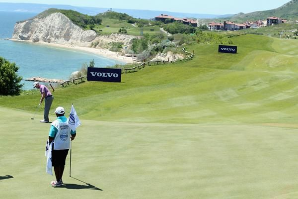 Branden Grace brilliant opener at the 2013 Volvo World Match Play Championship