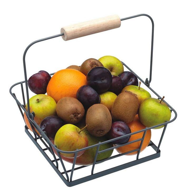 Καλάθι φρούτων Living Nostalgia. Διατηρήστε φρέσκα τα φρούτα σας με αυτό το συρμάτινο καλάθι με την ξύλινη λαβή. Διαστάσεις: 25cm x 25cm x 10cm