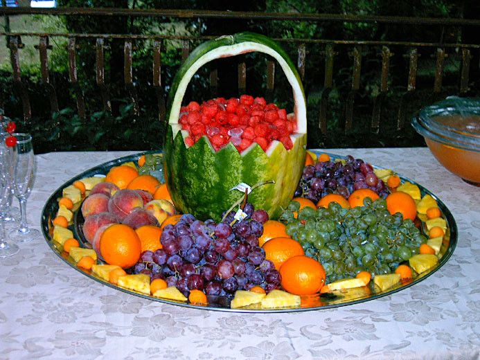 101 best images about idee con la frutta fruits ideas on for Composizione di frutta fresca