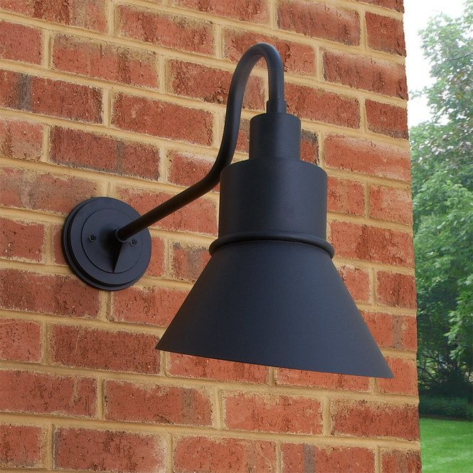Hunter Outdoor Wall Light Large In