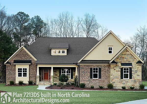 117 best house plans 2 500 3 000 sq ft images on pinterest for 3000 sq ft craftsman house plans
