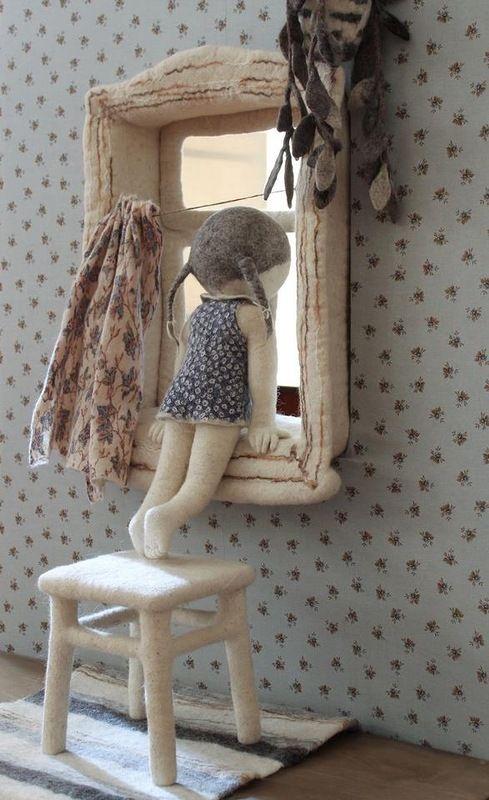 Ирина Андреева валяные чудеса Оттенки Серого - Теплая выставка в прохладном помещении