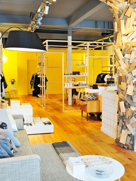Meneer en Mevrouw van Hout + Mint Fashionstore Adres: Telefoonstraat 36 te Tilburg, info: www.meneerenmevrouwvanhout.nl & www.mintfashionstore.nl.| ELLE