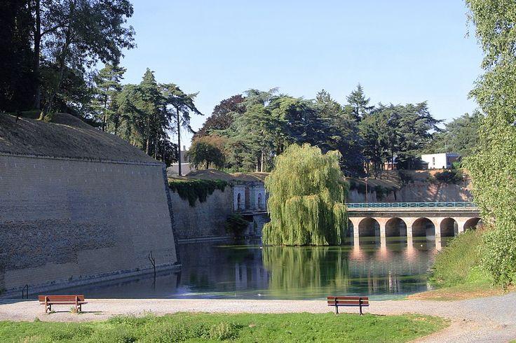 Le Quesnoy Pont dormant de la porte Fauroeulx.