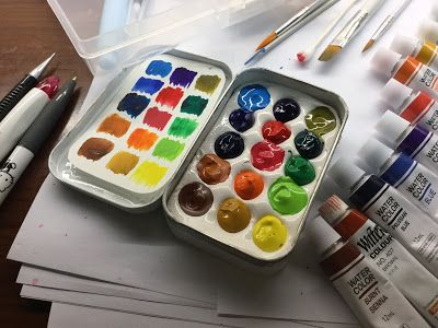 An Altoid Tin Painter's Palette