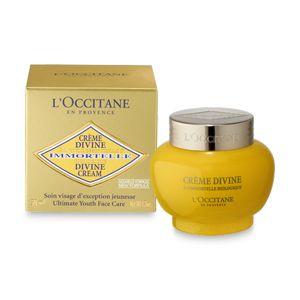 La Crema Divine trattamento anti-età globale viso, con oli essenziali, riduce visibilmente le rughe sottili e migliora l'elasticità della pelle giovane.