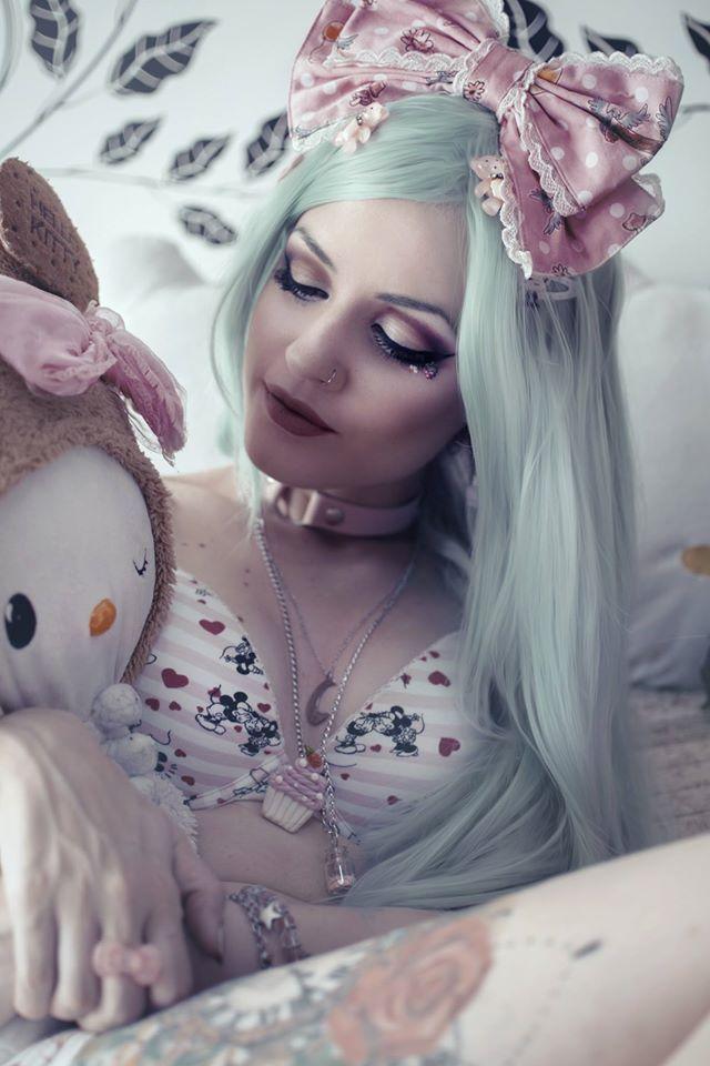 32 best Me xD images on Pinterest | Goth girls, Goth women