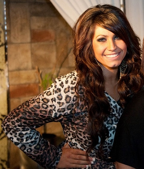 Tracy DiMarco I like this picture because shes naturally beautiful and what she wearing complements her make up and hair