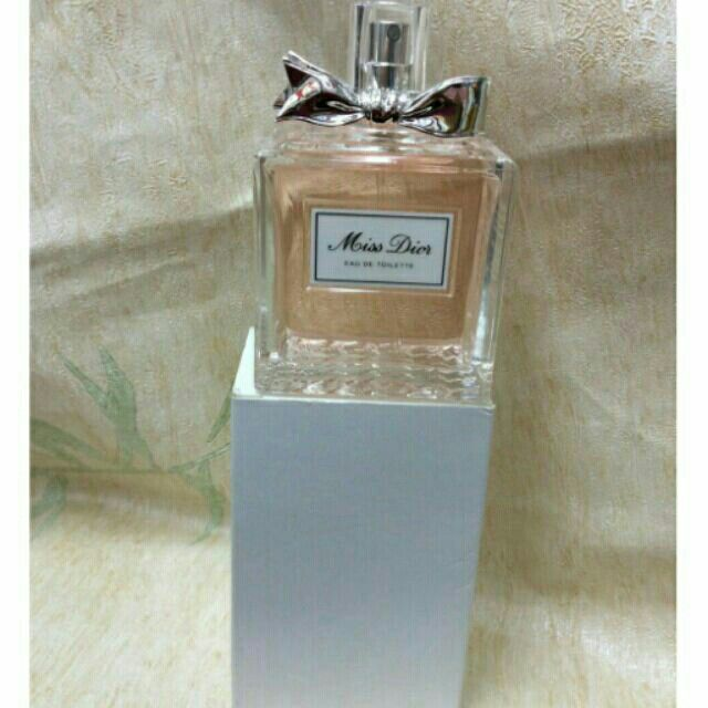ขาย Christian Dior Miss Dior edt 100ml ในราคา ฿2,599 ซื้อได้ที่ Shopee ตอนนี้เลย!https://shopee.co.th/perfumeloversbeautyshop/14439875  #ShopeeTH