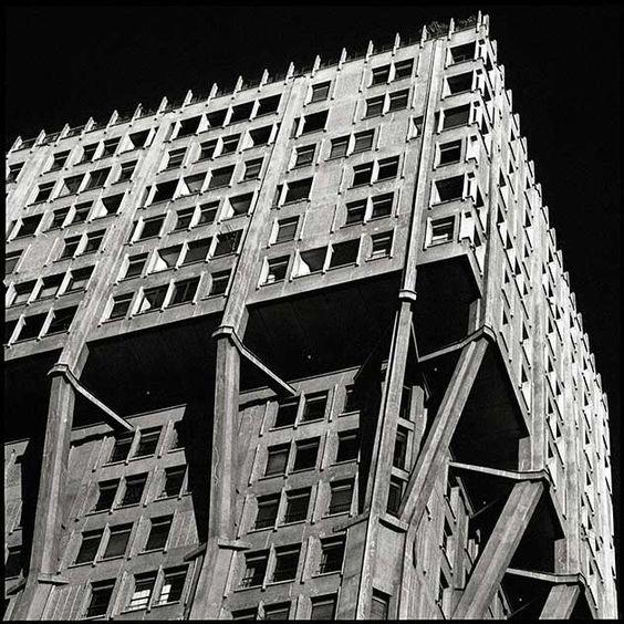 Torre Velasca, Milano, arch. BBPR, foto ©Matteo Cirenei: