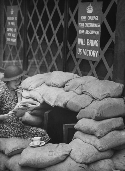 Girl Smoking At The Entrance Of An Air Raid Shelter In England On September 27th 1939 (Photo by Keystone-France/Gamma-Keystone via Getty Images)