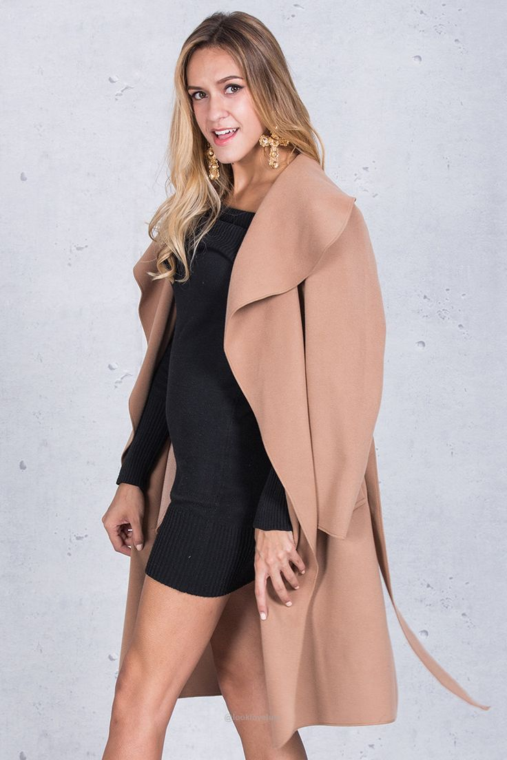Winter Ruffle Collar Long Overcoat-Outerwear-Look Love Lust, https://www.looklovelust.com/products/winter-ruffle-collar-long-overcoat