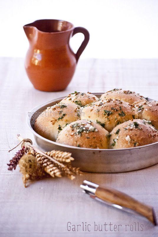 Mon petit bistrot: Pagnotte di pane pizza all'aglio e burro