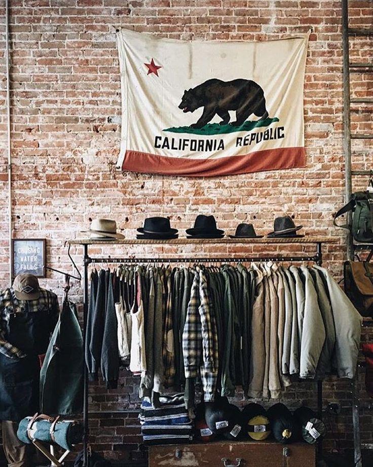 The Iron & Resin Garage. Ventura.