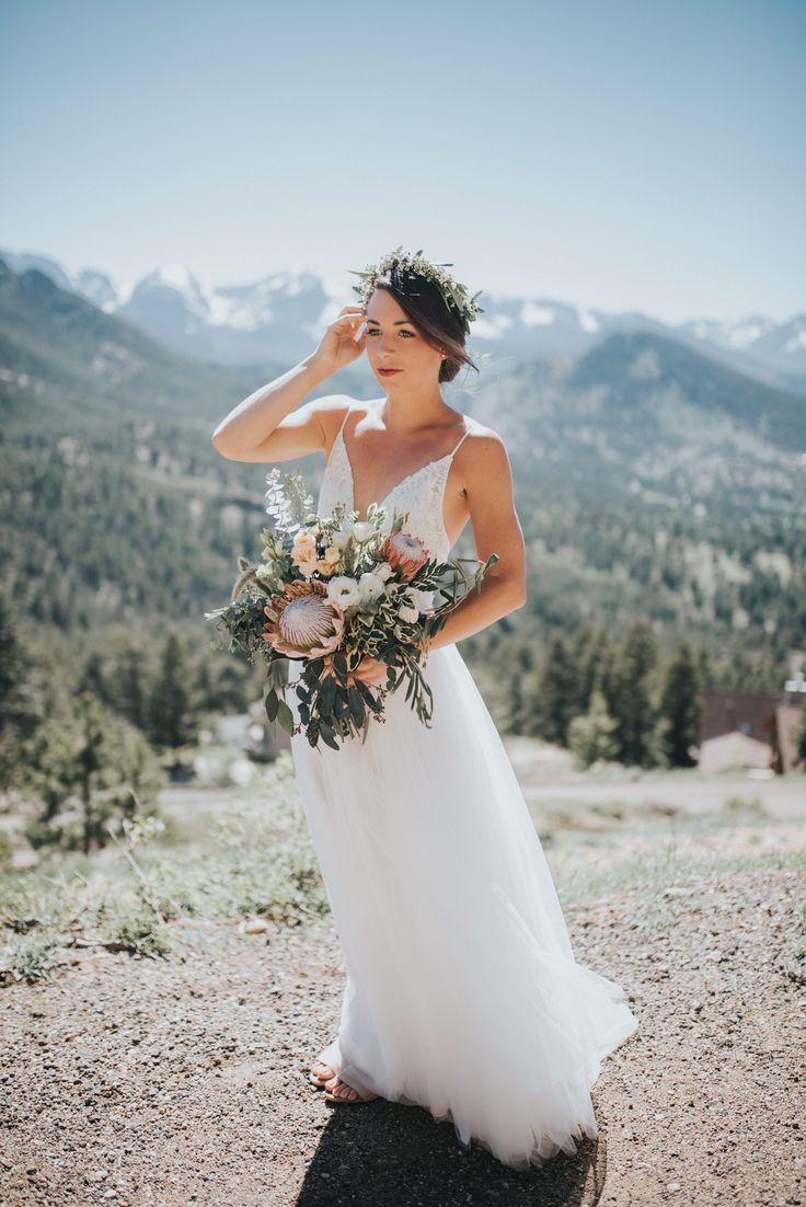 Gorgeous king protea wedding bouquet!