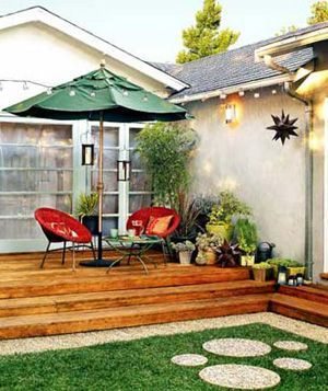 Love the potted plants surrounding the deck!