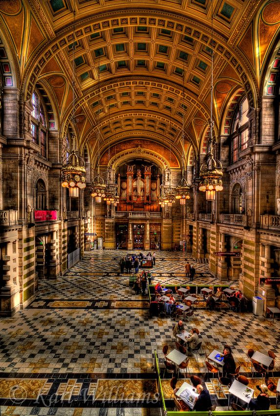 Main Hall, Kelvingrove Museum and Art Gallery, Glasgow, Scotland