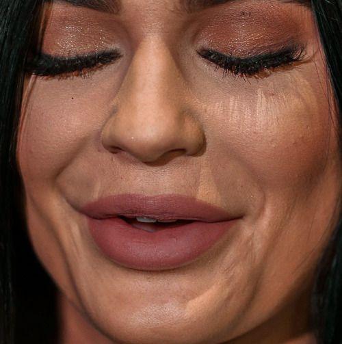 kylie jenner kylie jenner makeup lips celebrity celebs celeb celebrities celebrityclose-up.com