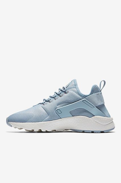 1. NikeNo surprise here. Nike's global ranking is just as stellar as its local one, and with fitness wear currently dominating the market, it's not hard to believe this sports conglomerate would take the No. 1 spot. Nike Air Huarache Ultra Women's Shoe, $115, available at Nike. #refinery29 http://www.refinery29.com/2016/11/129129/nyc-most-popular-clothing-brands#slide-28