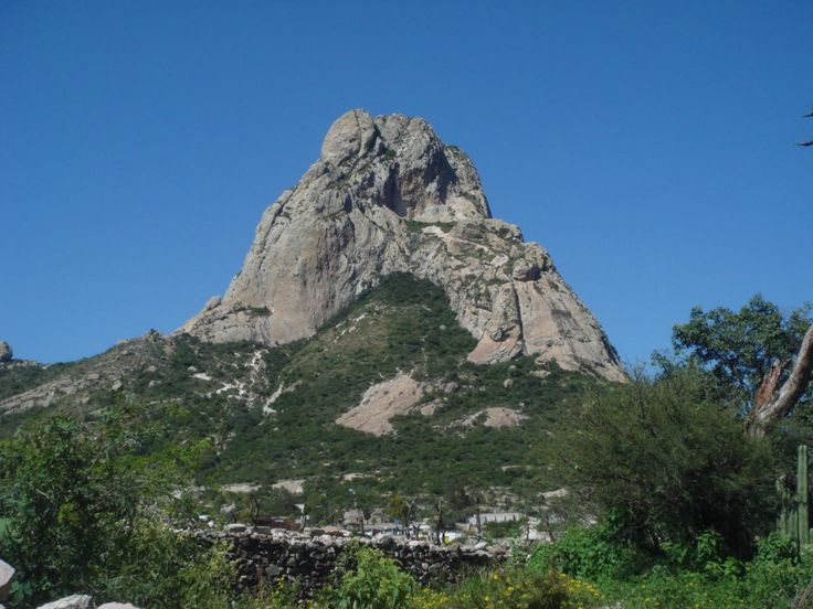 Pena de Bernal. This is the 3rd larges monolith of the world. The planetary force is quite strong. 2008