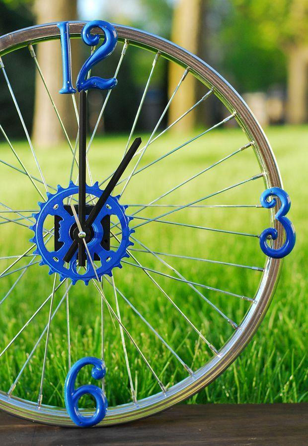 Bike Rim Clock. Cute idea for a garage or the bike enthusiast!
