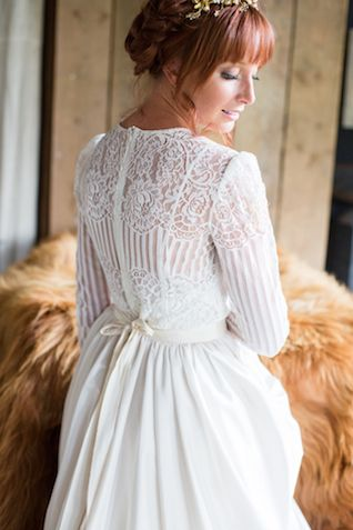 Dutch wedding dress | Cecelina Photography