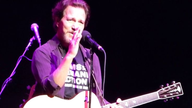 Eddie Vedder - I Am A Patriot / People Have The Power - Beacon Theater (...