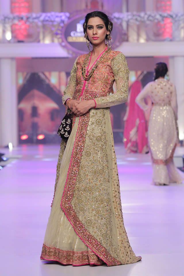 Ayesha-Ibrahim-Collection-at-Telenor-Bridal-Couture-Week-2015-3.jpg (640×960)