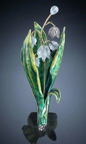 Luz Camino, Muguet brooch, carved quartz, diamond, enamel, gold and silver