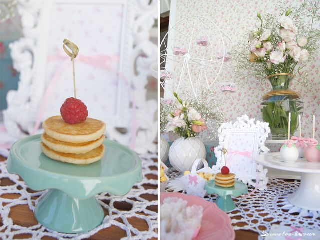 mini pancakes for this little flowers themed party