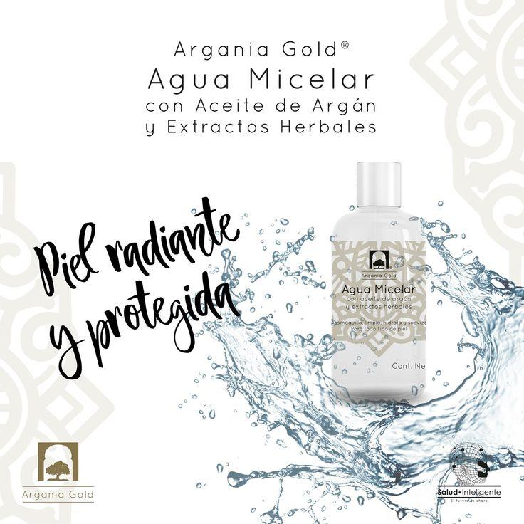 Limpiar bien nuestra piel es uno de los pasos más importantes en la rutina de belleza facial. Por ello, es vital encontrar un producto de limpieza facial que no sólo desmaquille y limpie a profundidad, sino que además sea suave con la piel, manteniéndola hidratada y protegida en todo momento. Conoce el Agua Micelar de Argania Gold® con Aceite de Argán orgánico y certificado + Extractos Herbales Desmaquilla, limpia, hidrata y suaviza tu piel.