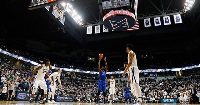 元NBAプレーヤー、アーモン・ジョンソンが巣立ったハグ・ハイスクールに入学した日本人の若者がいた。2011年8月のことだ。中山政希(20)は、どうしてもアメリカでバスケットボールがやりたい、と15歳で渡米した。