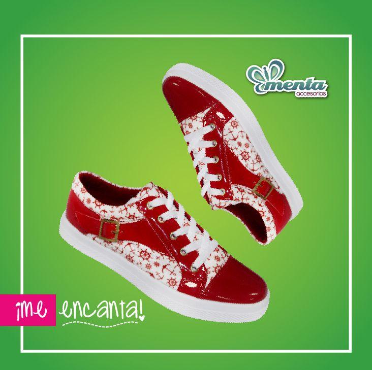 ¡Lluvia de anclas! Están divinos para lucirlos este fin de semana. #shoes #tenis #rojo #anclas #calzado