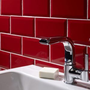 Create a striking statement in your bathroom or kitchen with our Metro Red Wall Tile 10x20cm