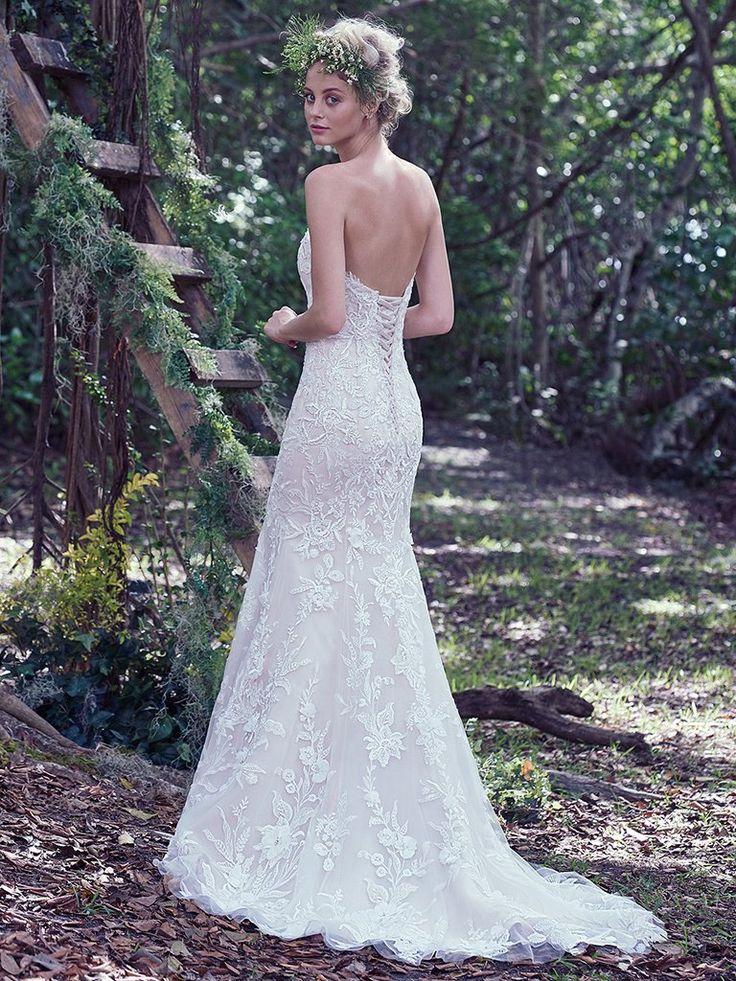 241 best wedding dresses images on Pinterest | Wedding frocks ...