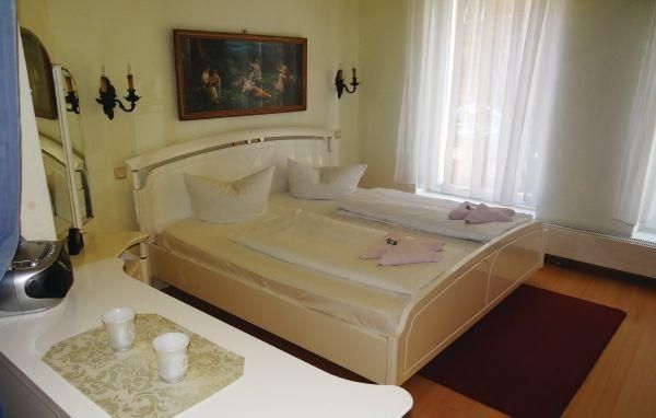 Apart. 6 R - #Apartments - $100 - #Hotels #Germany #Wismar http://www.justigo.co.in/hotels/germany/wismar/apart-6-r_213045.html