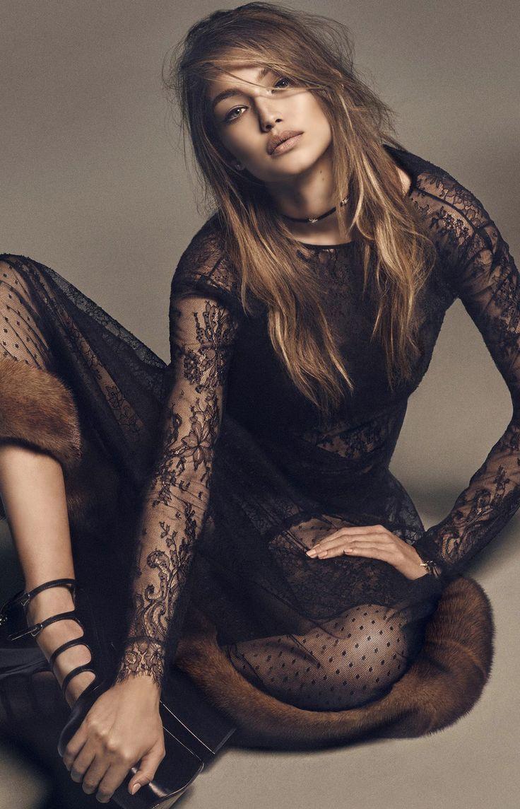 Gigi Hadid Vogue Japan December 2016