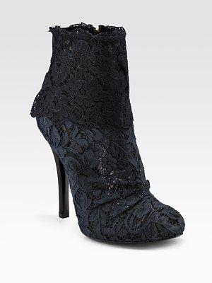 all you ladies;s in your lovely lace....